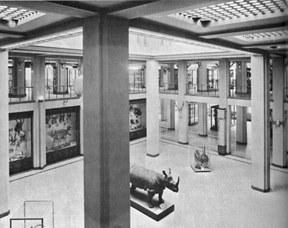 Foto storica dell'atrio del Museo di Zoologia - anni '50