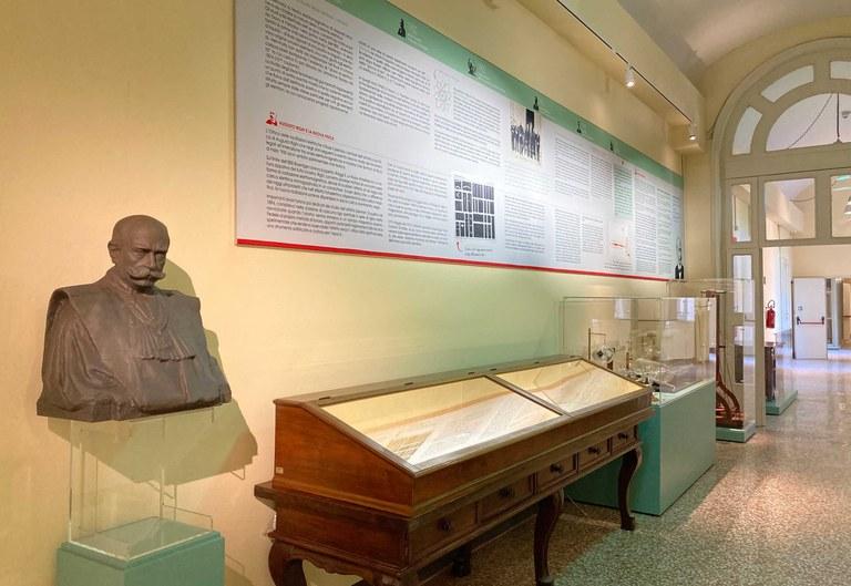 Sala espositiva dedicata a Augusto Righi della Collezione di Fisica dell'Università di Bologna