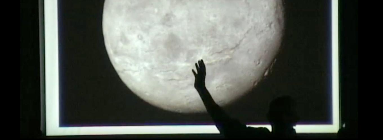 Diapositiva con luna
