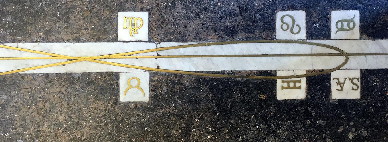 Particolare meridiana con analemma del Museo della Specola